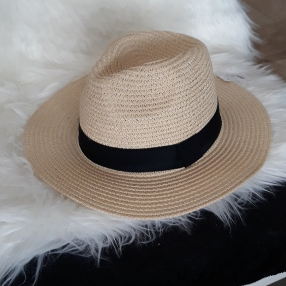 99b761741b4d45 Charlotte Russe Accessories   Nwt Straw Sun Hat Rancher Hat With ...